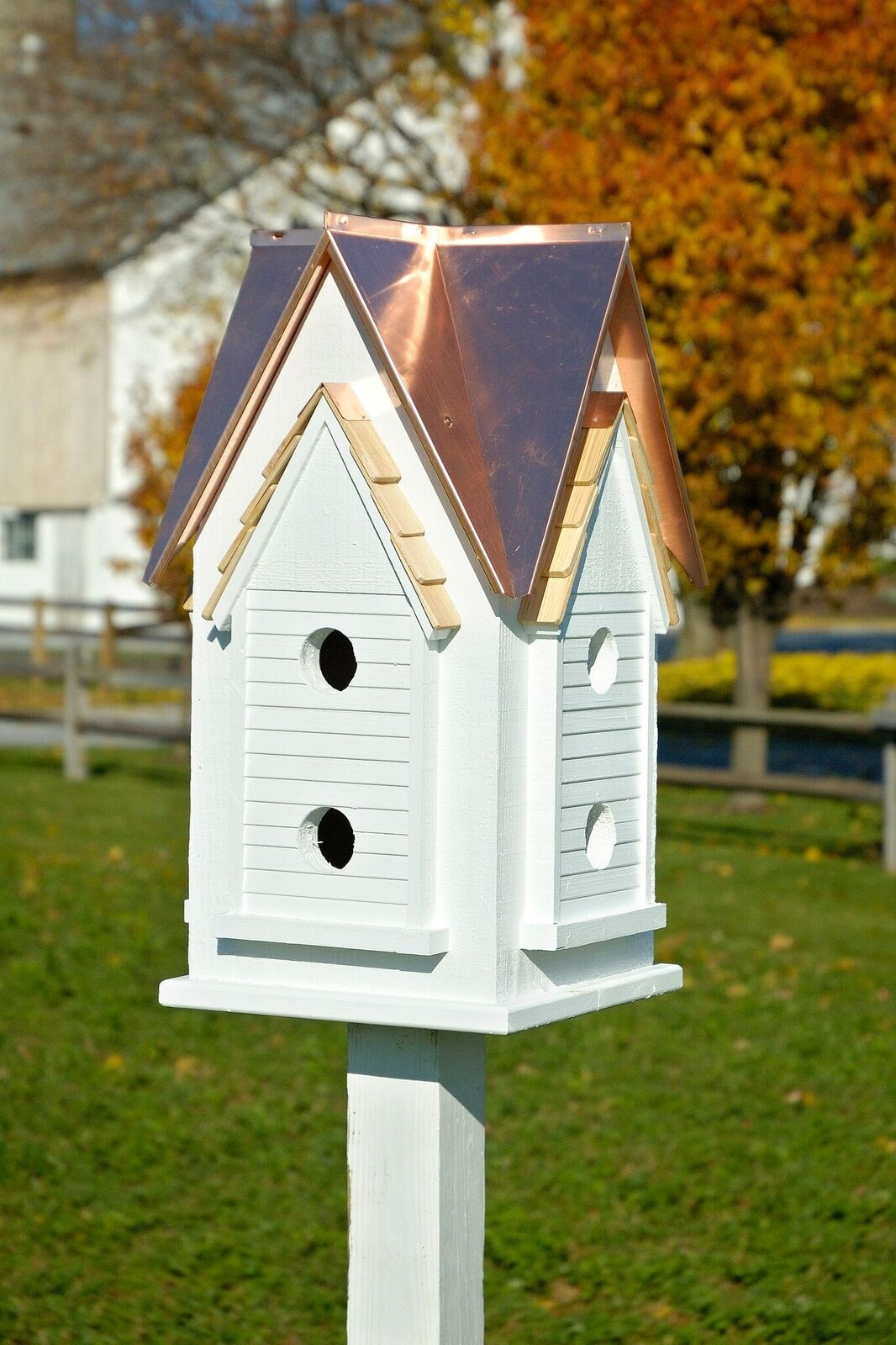 Mansion Birdhouse Product Photo