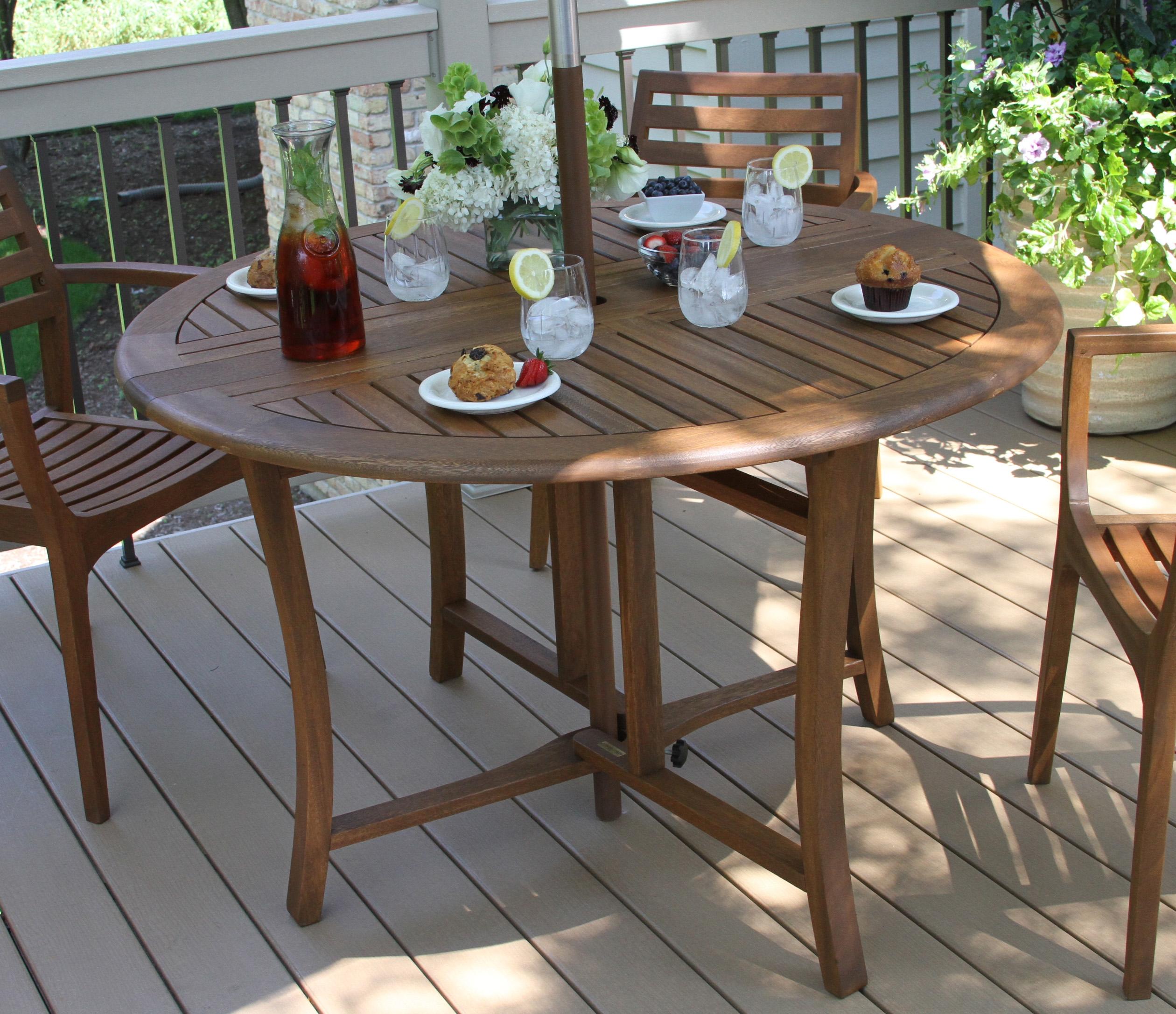 Folding Table Product Photo