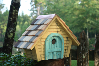 Birdhouse Product Photo