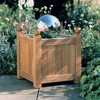 Caisse Teak Planter Product Photo