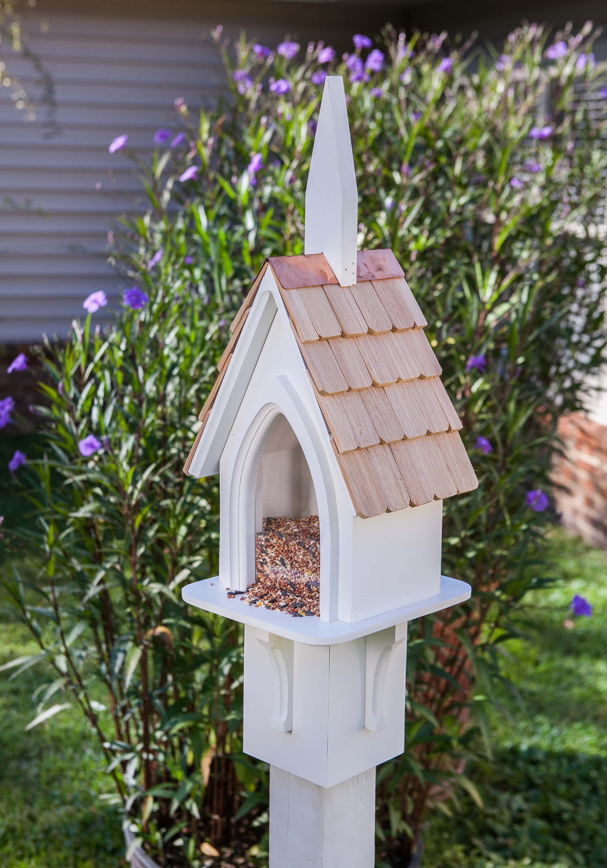 Picnic Birdhouse Product Photo
