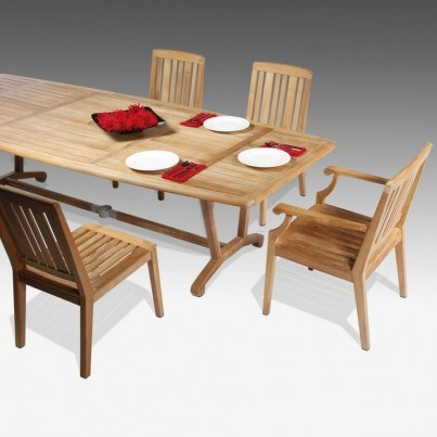 Barlow Tyrie Chesapeake Table and Chairs