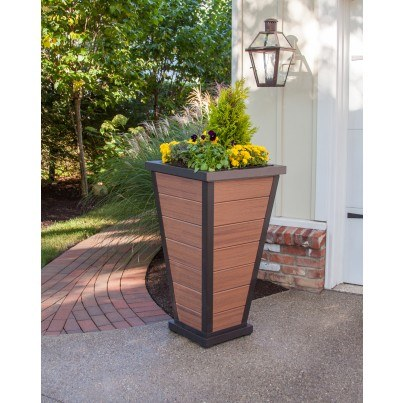 "Trex® Outdoor Furniture™ Parsons Pyramid 24"" Planter 7 Board"