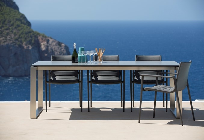 Edge Dining Table Product Photo