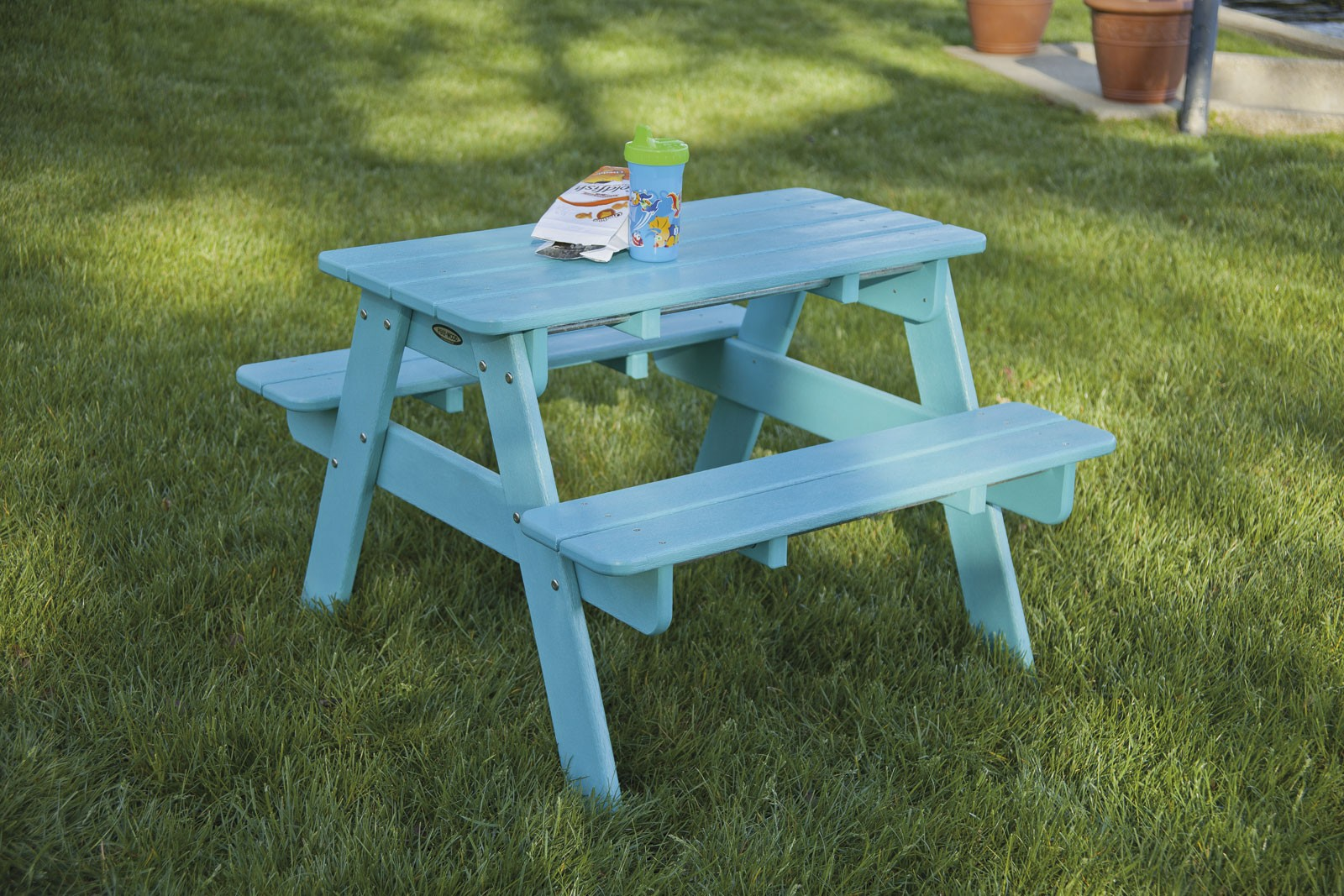Kids Picnic Table Product Photo