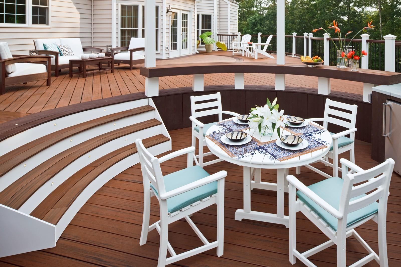 Round Dining Table Product Photo