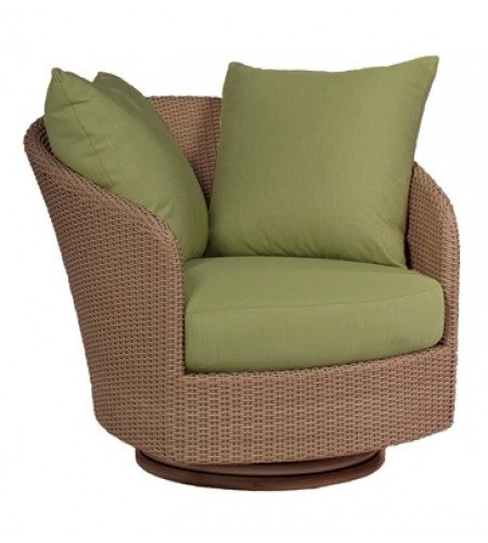 Wicker Swivel Lounge Chair Product Photo