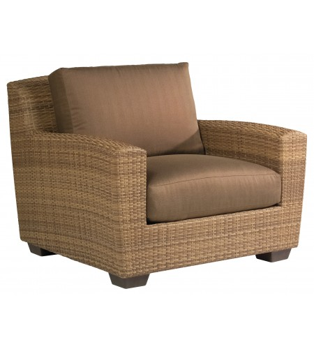 Wicker Lounge Chair Product Photo