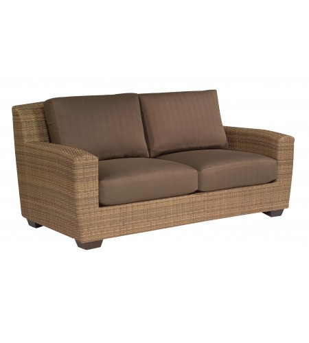 Wicker Loveseat Pic