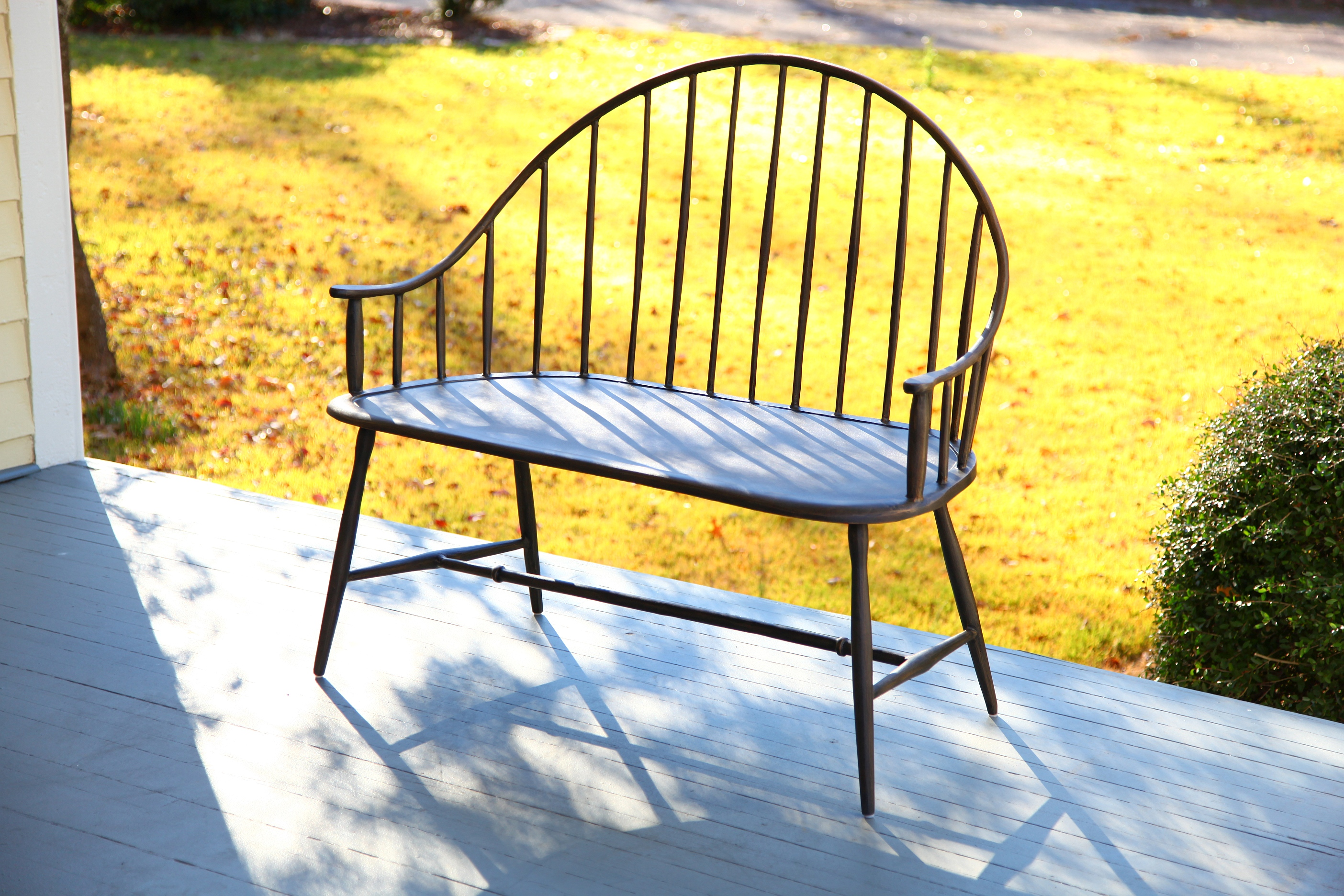 Settee Antique Green Product Photo